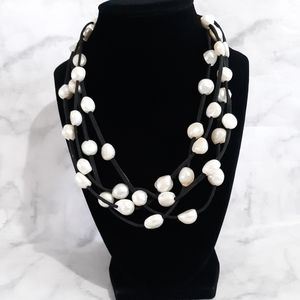 NWOT Multistrand cultured pearl necklace